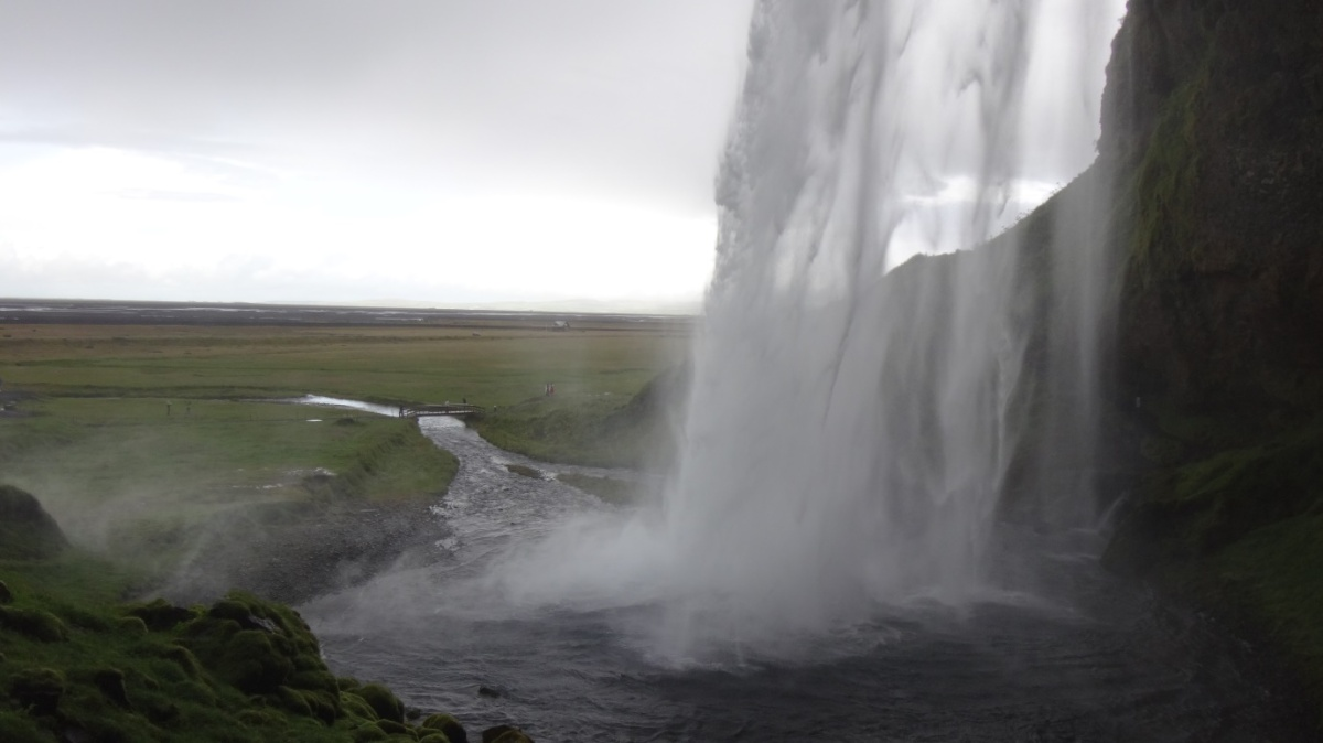Before you choose Iceland, read this and you know why
